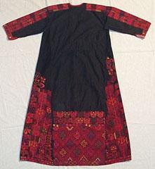 dress7.jpg (15548 bytes)